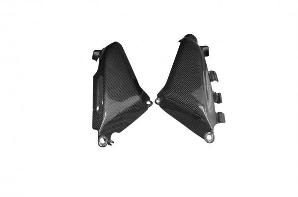 Carbon-Seitenverkleidung-unter-Rahmen-DucatiMonster-1100