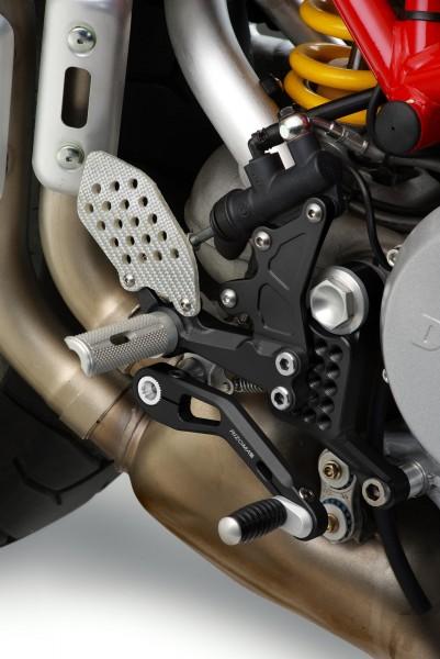 Ducati-Monster-OldSeries-zurueckverlegte-Fussrastenanlage-REV